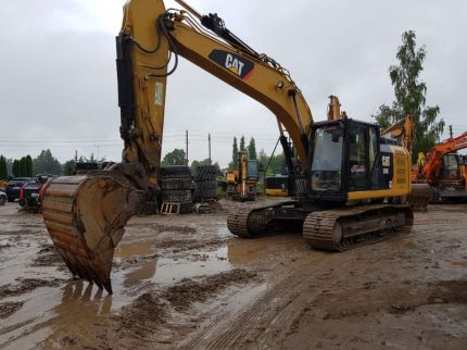 CATERPILLAR 320E Bulgaria