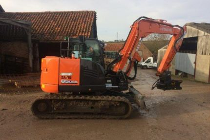 HITACHI ZAXIS85USB6R