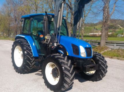 NEW HOLLAND 5060 DT Italy